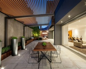 contemporary-patio-design-pergola-outdoor-furniture-dining-table-metal0chairs