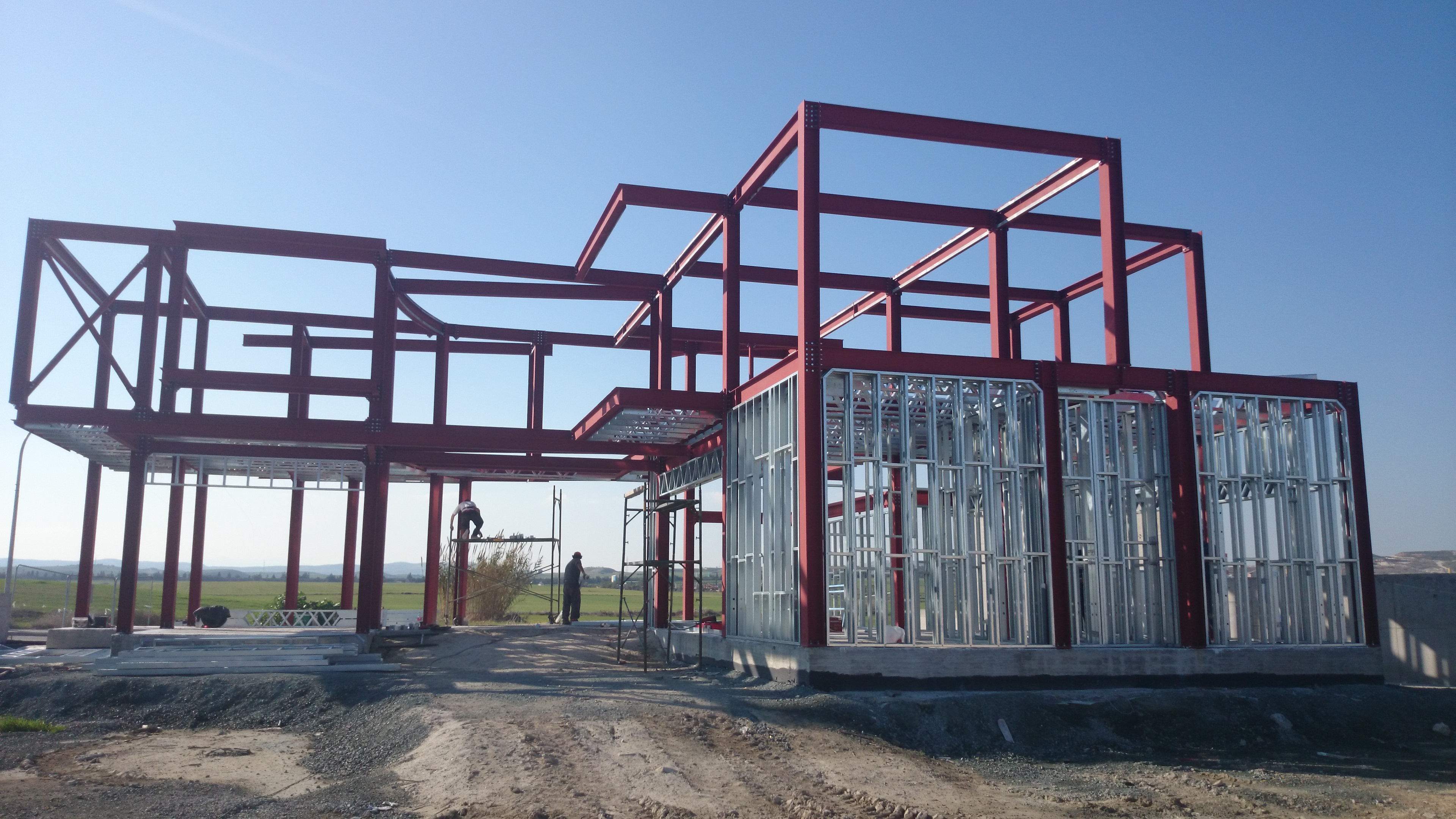 Steel Frame House Construction : Private house heavy metal construction larnaca